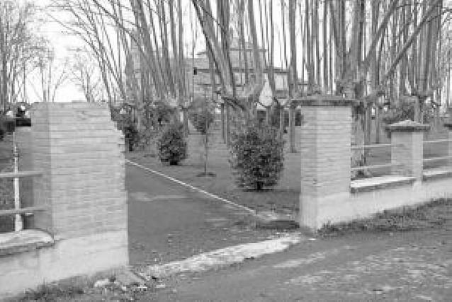 Robada una puerta de forja de la ermita de Caparroso