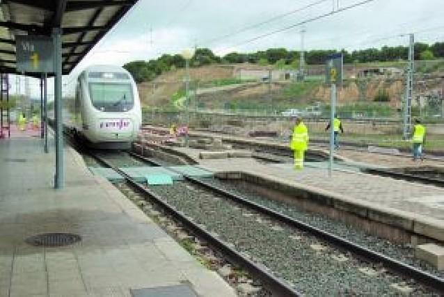Trabajos de remodelación en la estación de tren de Tafalla