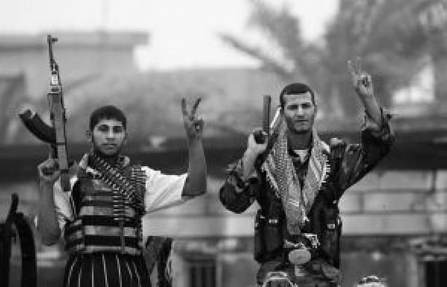 """El primer ministro iraquí promete ir """"hasta el final"""" en la batalla de Basora"""