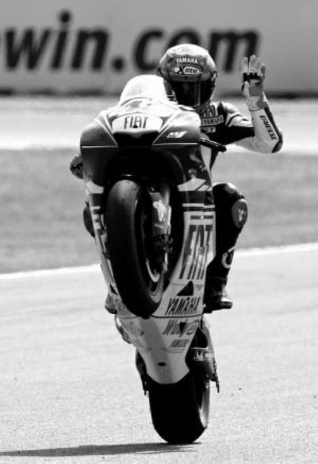 Lorenzo manda en Jerez