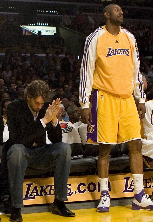 Los Lakers pierden ante los Grizzlies y entran en coma