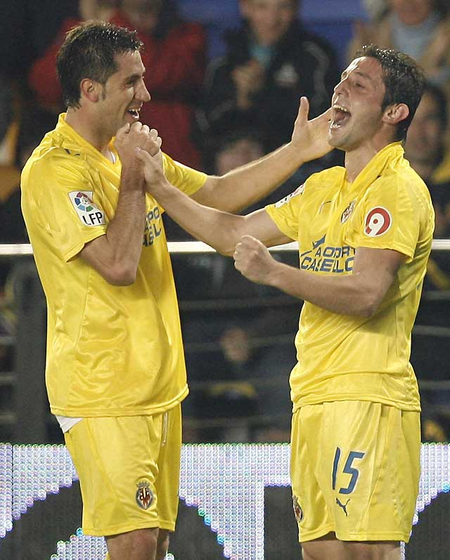 El Villarreal adelanta al Barcelona con su triunfo (3-0)