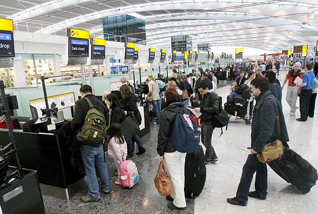 British Airways cancela nuevos vuelos por el caos en el aeropuerto de Heathrow