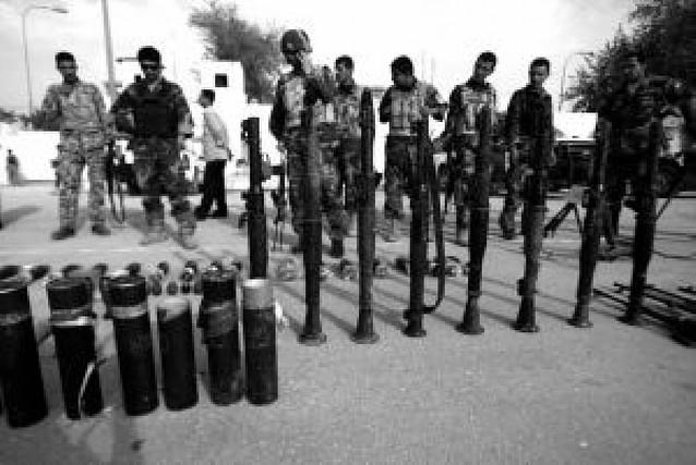 Moqtada Al Sadr ordena a sus milicias que dejen de luchar contra las fuerzas iraquíes