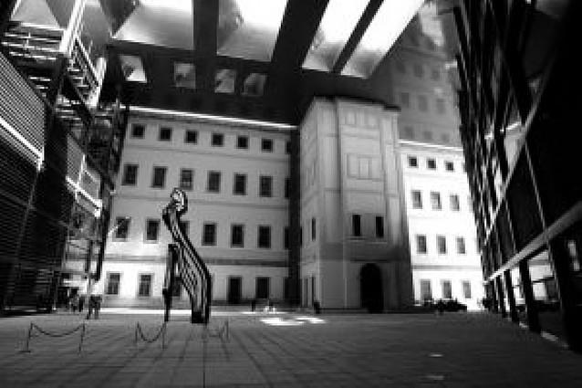 El Pritzker premia la imaginación del arquitecto Jean Nouvel