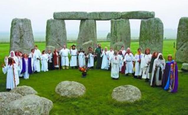 Los arqueólogos indagan en el misterio de Stonehenge