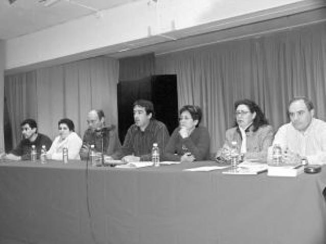 La empresa textil Cunbur de Cascante anuncia el despido de la mitad de sus 85 trabajadores