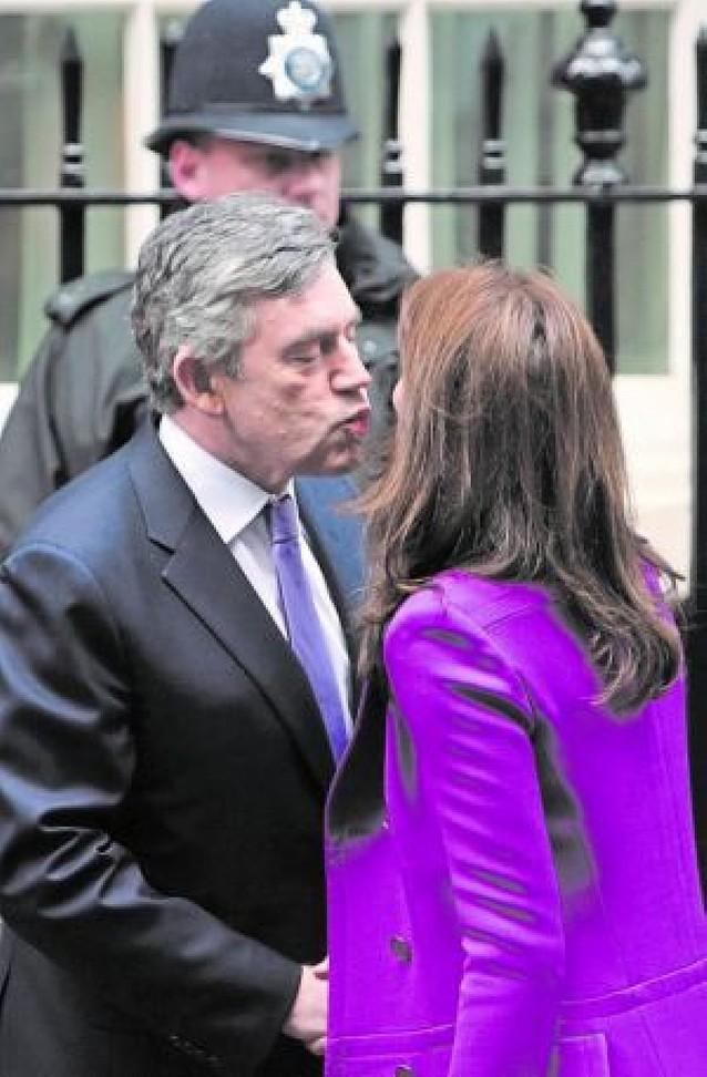 El Día de las Bromas se ceba con Sarkozy y Bruni