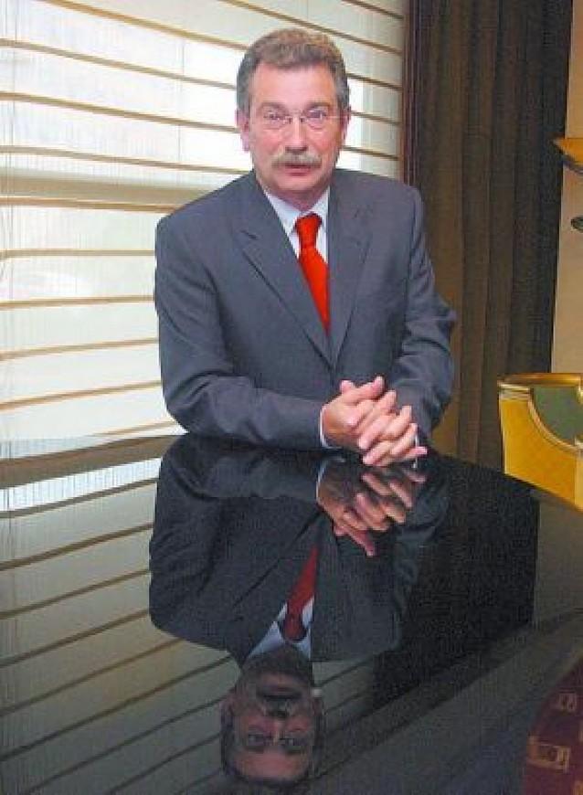 Eroski ganó 207 millones en 2007, un 9% más