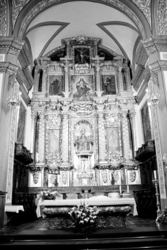 Un grupo de vecinos de Olite impulsa la restauración del retablo de San Pedro