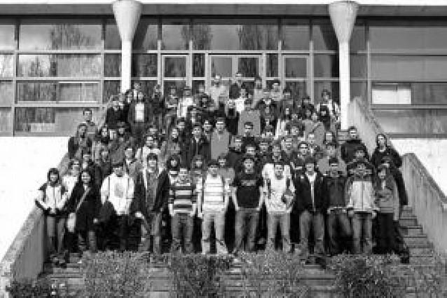 El colegio Santa María la Real de Pamplona visita la UPNA