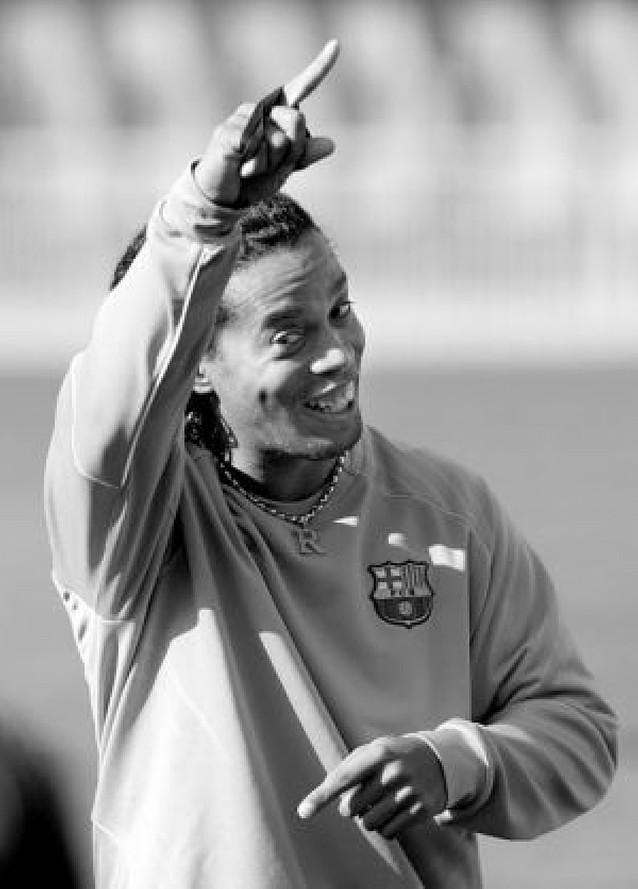 Ronaldinho dice adiós a la temporada