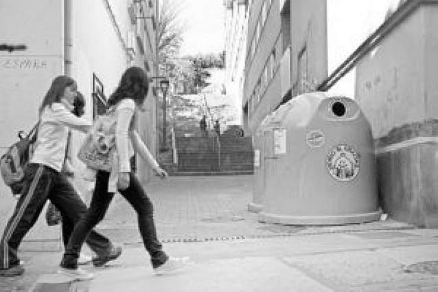 Mancomunidad localiza a los vecinos que han depositado la basura en la calle