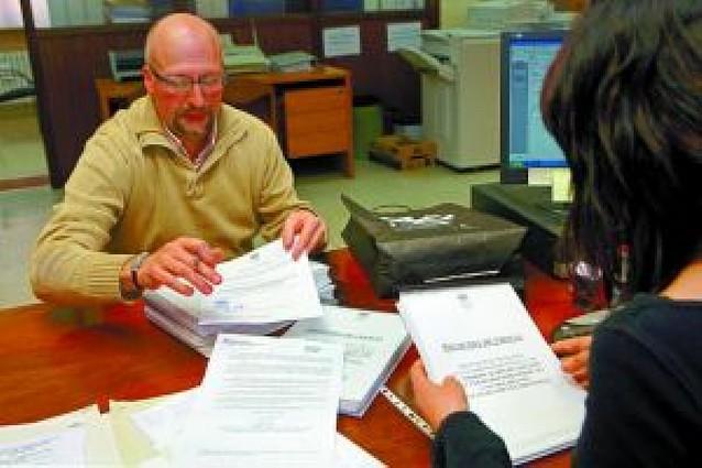 3.797 firmas contra el comercio en el polígono