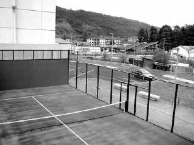 Concluyen las obras de la segunda fase del polideportivo de Erburua