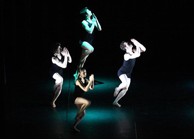 La compañía Aldanza actúa mañana en Los Arcos dentro del Festival Escena 2008
