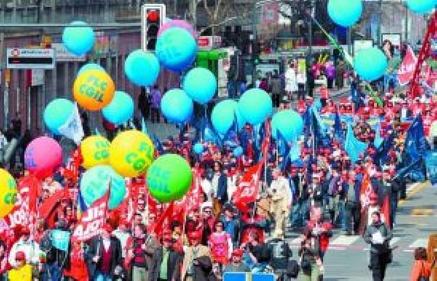 Los sindicatos europeos piden aumentos salariales