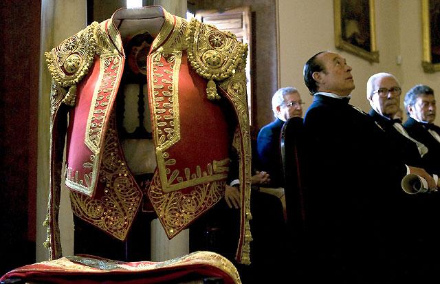 Curro Romero, académico de Bellas Artes de Sevilla