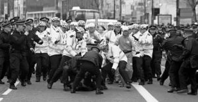 35 DETENIDOS EN LONDRES EN LAS PROTESTAS PROTIBETANAS AL PASO DE LA ANTORCHA DE LOS JUEGOS DE PEKÍN