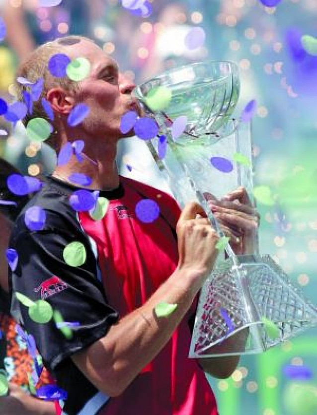 Davydenko se exhibe ante Nadal en la final de Miami