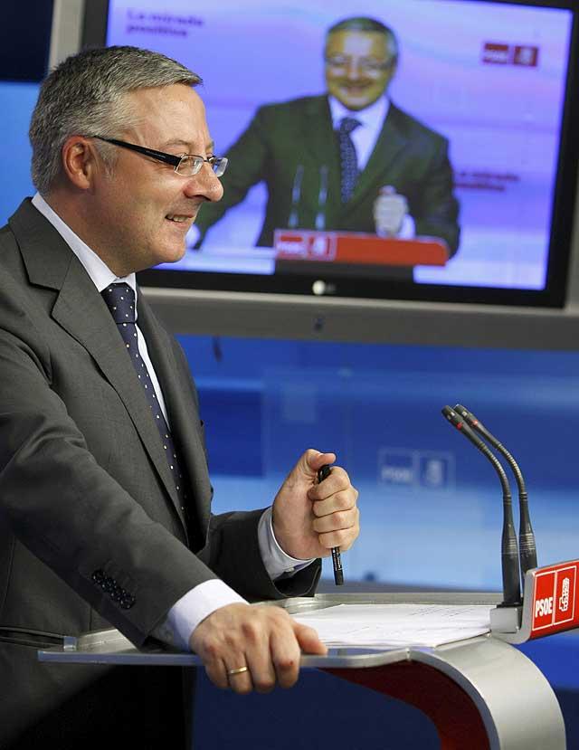 La economía y el consenso contra ETA centrarán hoy el discurso de Zapatero