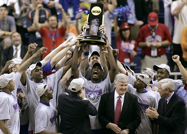 Los Jayhawks de Kansas logran el título universitario de la NCAA