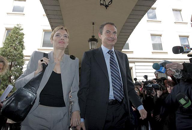 Zapatero asegura que hay margen para hacer frente a la crisis sin recortes sociales