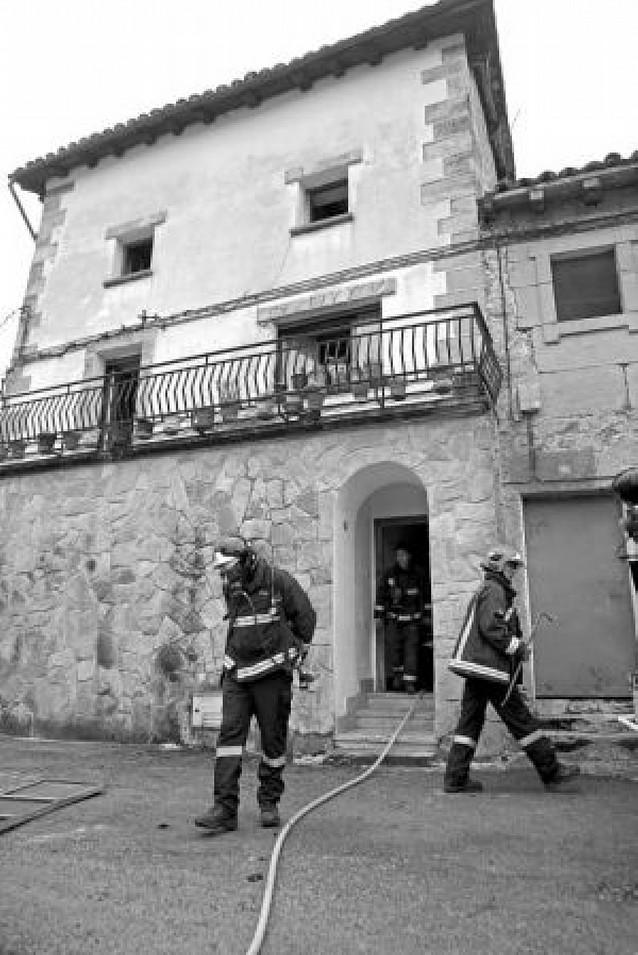 Un fallo en una chimenea causa un incendio en una vivienda de Ecala (Améscoa)