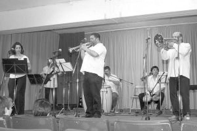 """El """"Abril Cultural"""" se llena de sones cubanos y de la magia de Pedro III"""