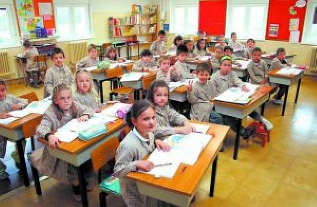 Educación reubicará hasta final de abril a los niños sin plaza en la concertada