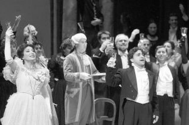 """""""La traviata"""", en el Gayarre"""