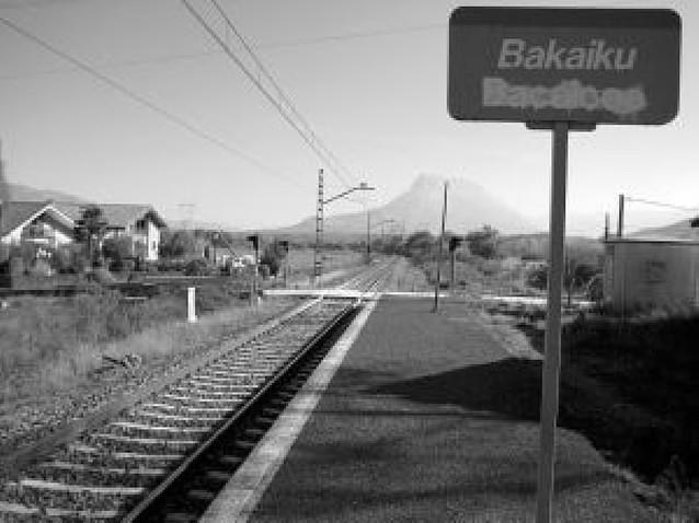 La CHE rechazó el proyecto del paso a nivel de Bakaiku por riesgo de inundación