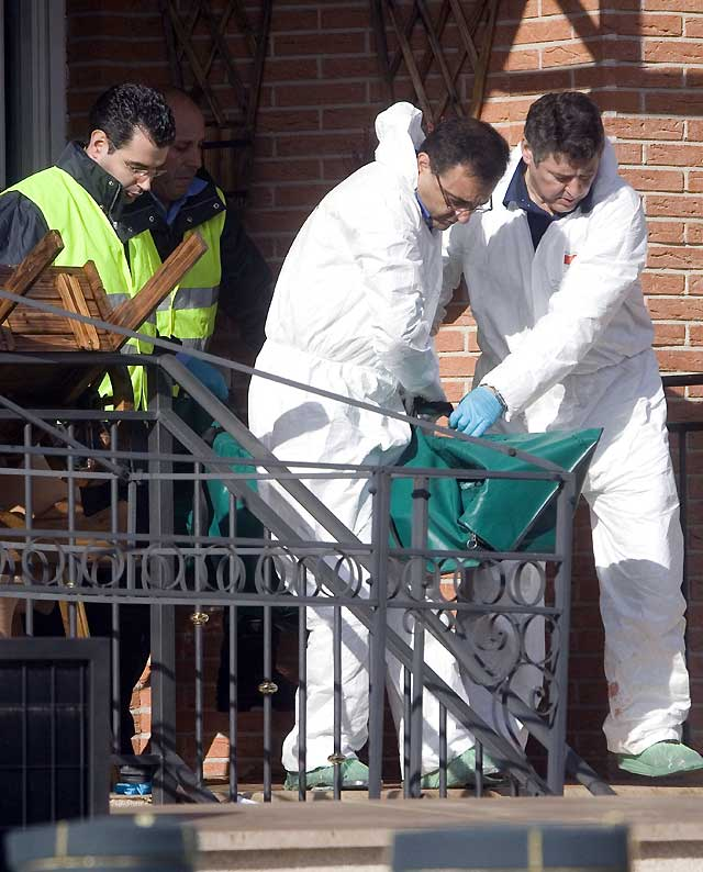 Un hombre mata a su ex pareja y al novio de ésta y se suicida posteriormente