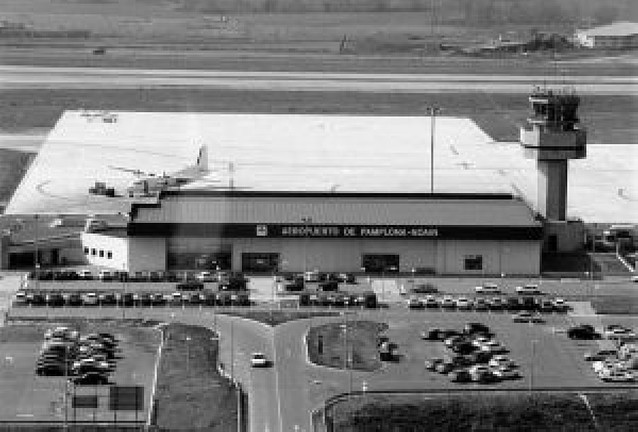 AENA sustituye un equipo de ayuda a la aproximación de aviones a Noáin