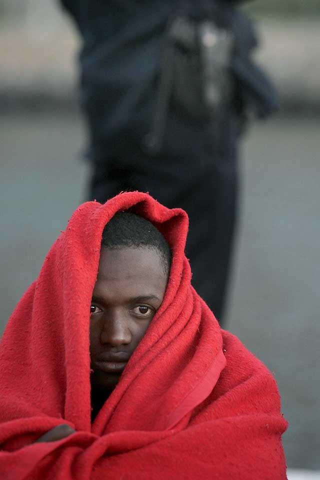 Llega un cayuco con 62 inmigrantes subsaharianos a bordo