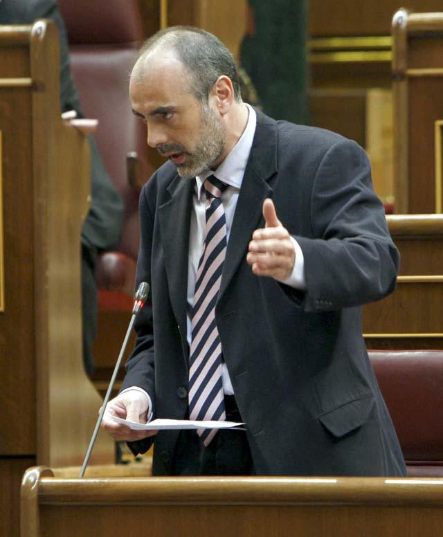 Los partidos minoritarios justifican su abstención o negativa en el debate de investidura