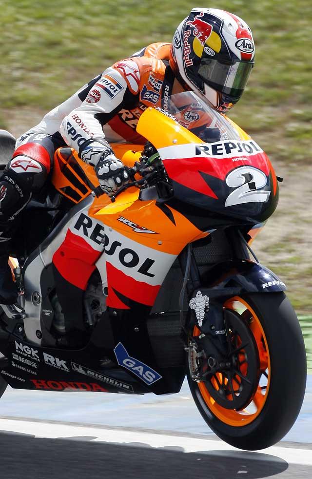 Pedrosa domina los libres de MotoGP en una buena jornada para Terol y Debón