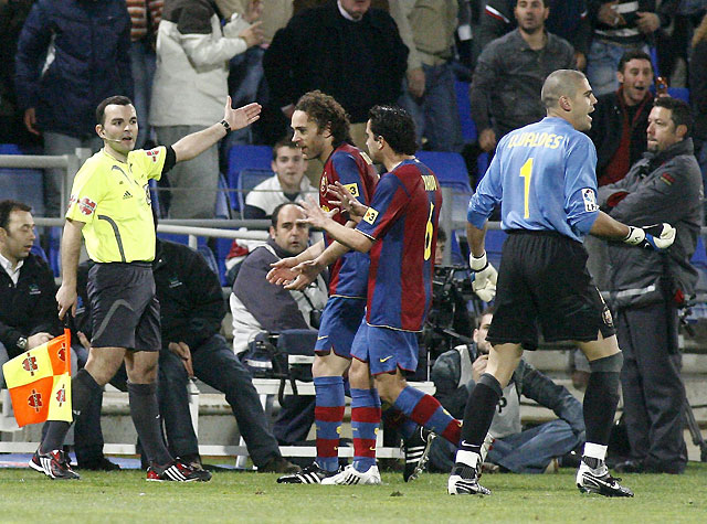 El Barcelona dejó escapar el triunfo pese al doblete de Eto'o