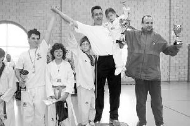 La Escuela de Castejón vence en el Torneo Infantil Interclubes
