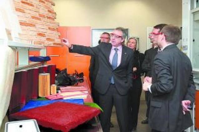 Dow abre un centro tecnológico en su planta de Ribaforada