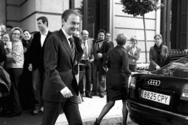 Zapatero y Rajoy vuelven a coincidir en la necesidad de firmar pactos de Estado