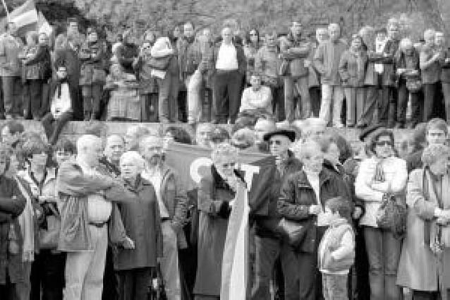 2.500 personas homenajean a los fusilados de la Guerra Civil