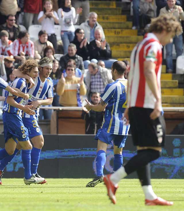 Lotina ya tiene la permanencia para el Dépor tras ganar al Athletic (3-0)
