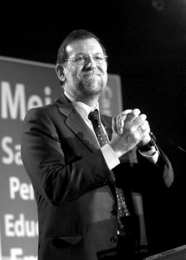 Los diputados del PP no ven viable la candidatura de Aguirre