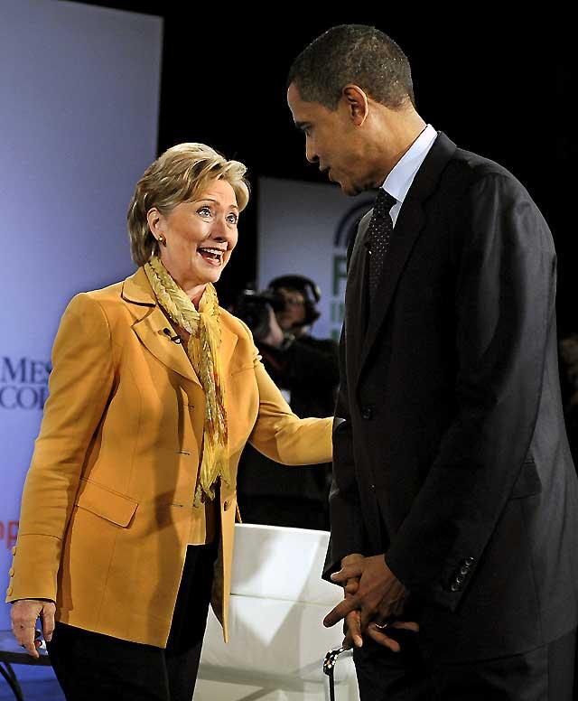 Clinton intenta aprovechar un paso en falso de Obama en Pensilvania