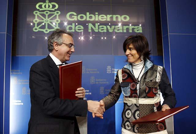 """Gobierno foral y PSN firman un """"plan anti crisis"""" con una inversión de 4.500 millones hasta 2011"""