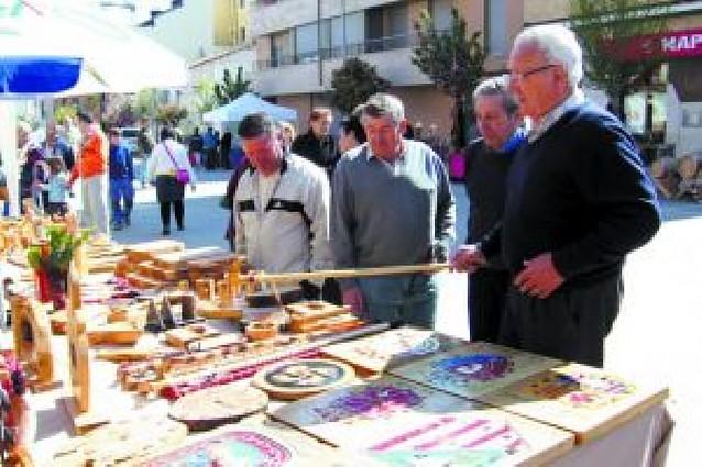 Ribaforada celebra una feria de artesanía