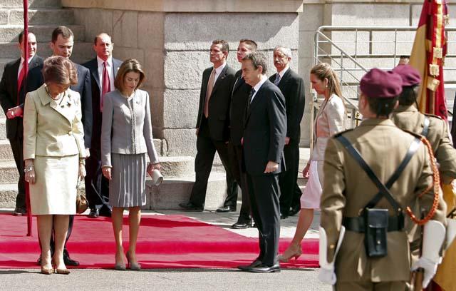 El Rey anima a diputados y senadores a trabajar por el consenso en la apertura de la IX Legislatura