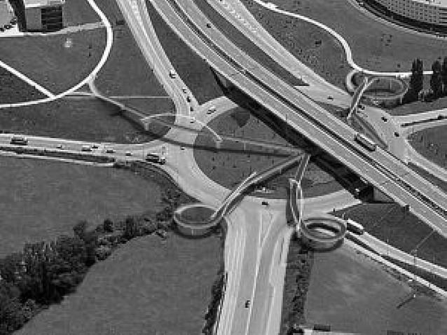 Proyecto para la conexión peatonal entre Sarriguren y Mendillorri