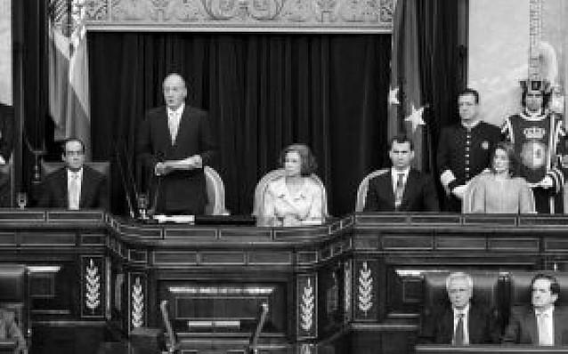 El Rey aboga ante el Congreso por el consenso en las políticas de Estado